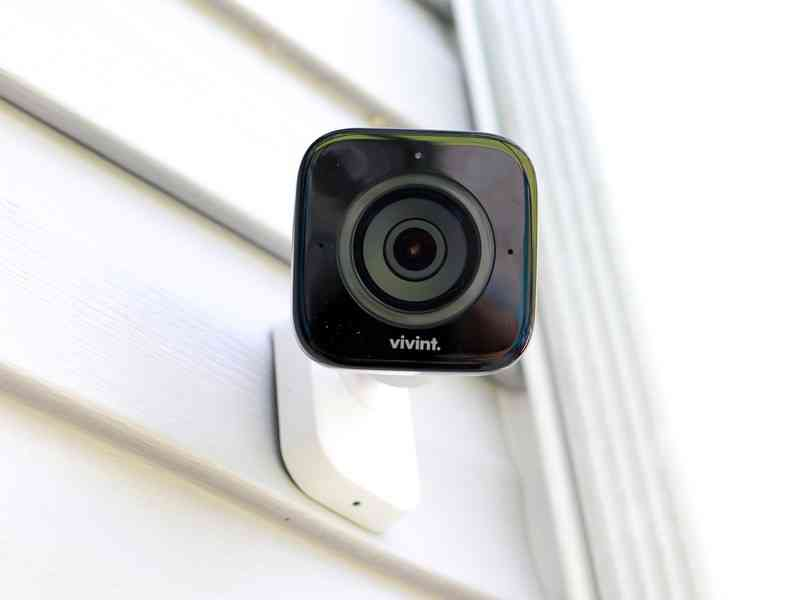 vivint-outdoor-camera-review-hero